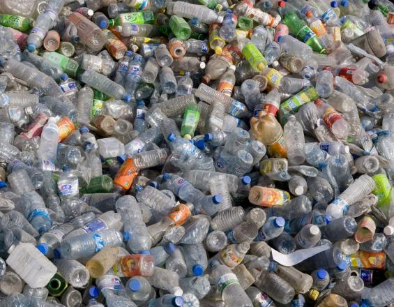 plastico en agua potable