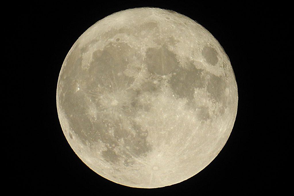 NASA base Luna